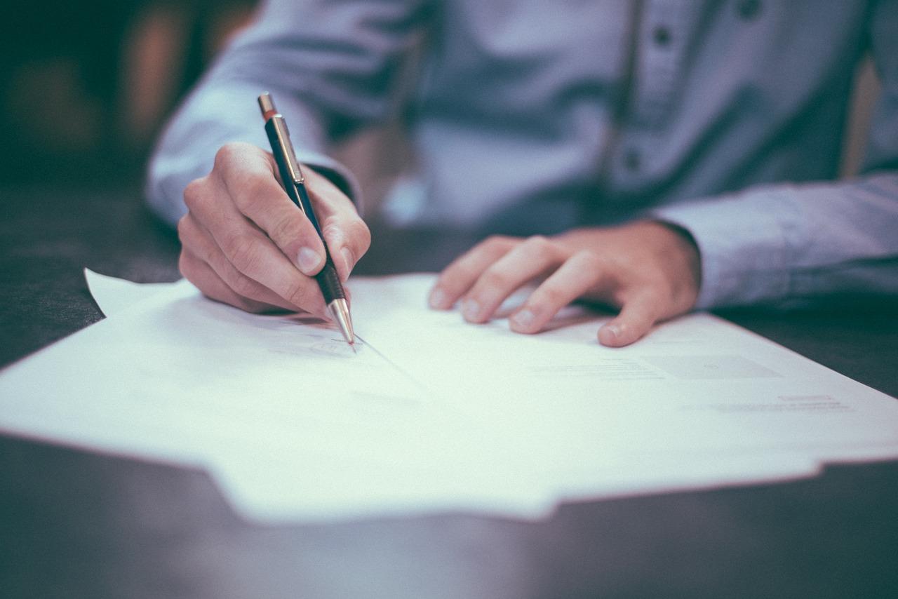 5 sites para estudar para concursos pagos